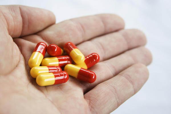 Мифы о лечении горла антибиотиками