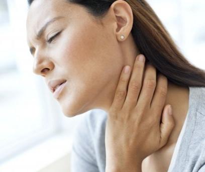 Когда боль в горле можно лечить дома, а когда идти к врачу?