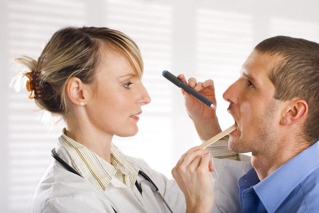 Все, что нужно знать о боли в горле